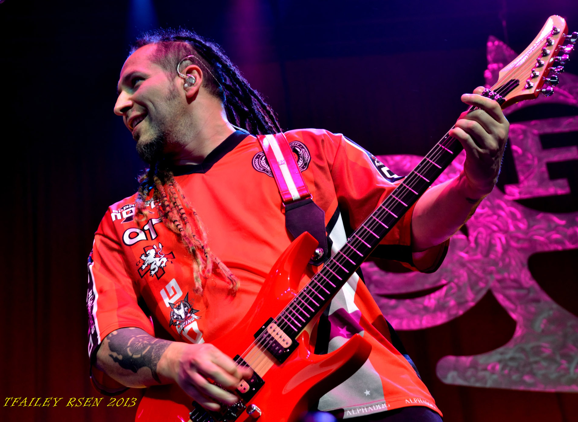 Zoltan Bathory, Five Finger Death Punch (photo Travis Failey / RSEN)