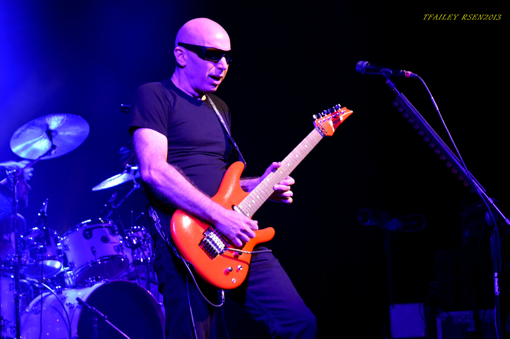 JOE SATRIANI (photo by Travis Failey / RSEN)