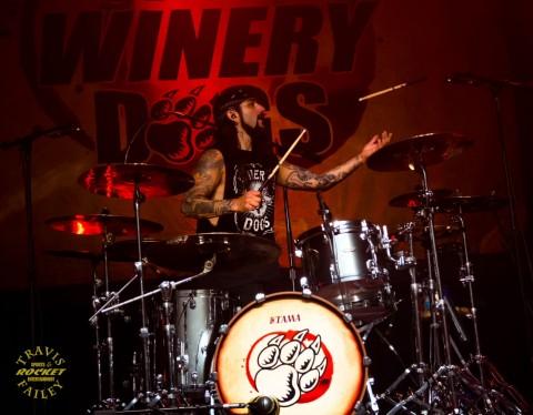 Mike Potnoy flips the stick    (photo Travis Failey / RSEN)