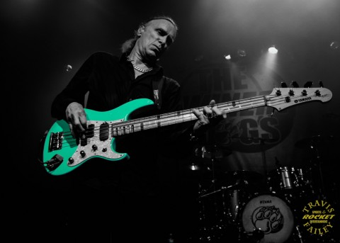 Billy plays the great sounding and great looking aqua bass (photo Travis Failey / RSEN)