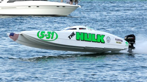Your Superboat Stock National Champion, The Hulk airs it out along Clearwater Beach. (Chuck Green / Cg Photography photo)