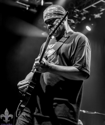 DEAN PLEASANTS - SUICIDAL TENDENCIES  (photo by WILL OGBURN)