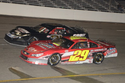 Spencer Davis (129) and Larry Blount (photo Rodney Meyering / RSEN)