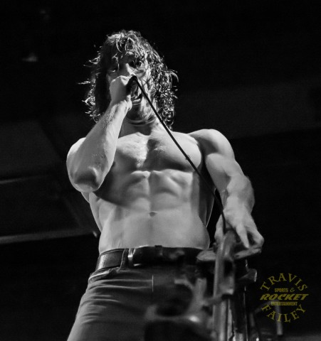 Jonny Hawkins Nothing More (photo Travis Failey / RSEN)