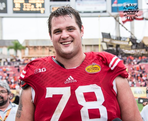 big right tackle Rob Halverstein was all smile after the big win (Travis Failey / RSEN)