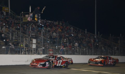 Eddie MacDonald takes the 2015 ACT at New Smyrna Speedway ahead of Wayne Helliwell.  (Rodney Meyering / RSEN photo)