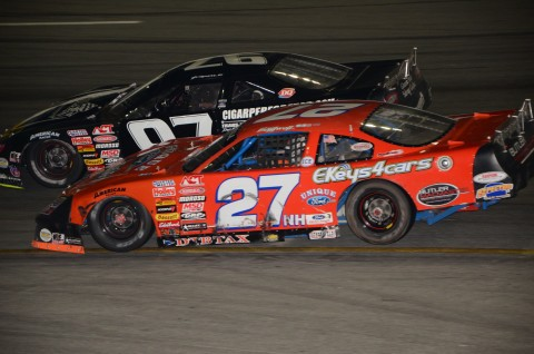 Numer 2 and 3 respectively, Wayne Helliwell (27) & Joey Polewarczyk  (Rodney Meyering / RSEN photo)