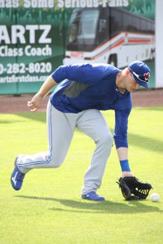 "Michael Saunders (left knee) may not be back in game shape yet but still he took part in all activities Wednesday March 11, 2015  Saunders took grounders in the outfield and batting practice for the first time with what appeared to be no problems saying after he took BP, ""I feel great."" (EDDIE MICHELS/PHOTO)"
