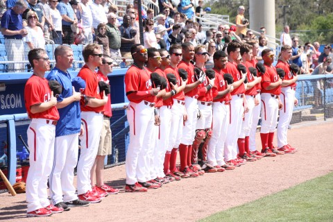 Team Canada (EDDIE MICHELS PHOTO)