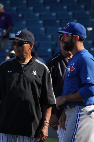 Reggie and Jose still chatting (EDDIE MICHEL PHOTO)