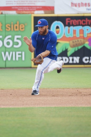 """Russell Martin at short. Per Jose Reyes on Martin play short-""""I think he can play short stop."""" (EDDIE MICHELS PHOTO)"""