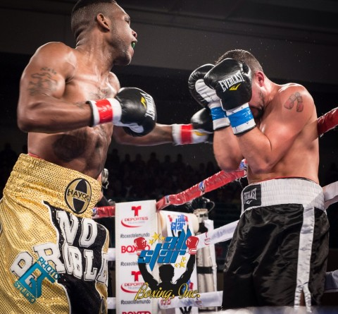 Middleweight Nate Gallimore (2-0, 2 KO's) from Evanston, Illinois came to fight as local fighter Robert Burwell (6-1, 2 KO's) didn't show the best chin tonight as Gallimore walked right through his punches ending the fight at .32 seconds of round three by TKO victory.  (photo ANGEL TORRES)