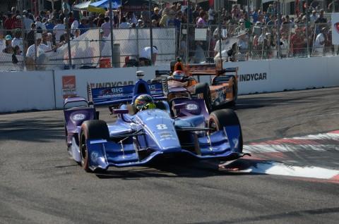 Karam takes the turn on three wheels (Rodney Myering / RSEN)
