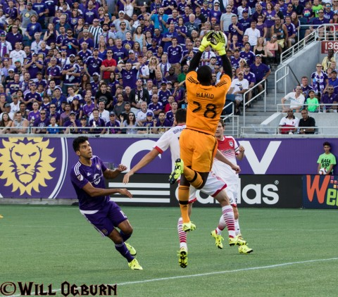 The reigning goalkeeper of the year,  DC United's Bill Hamid goes up high to make a save (photo Will Ogburn)