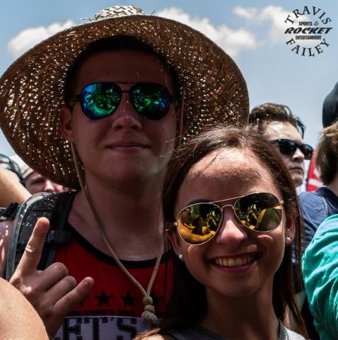 fans 01