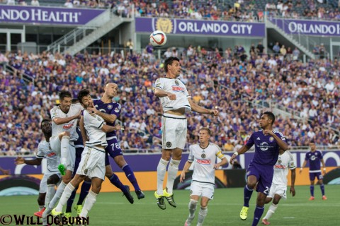 Aurelien Collin (78) in the middle of the action (photo Will Ogburn)