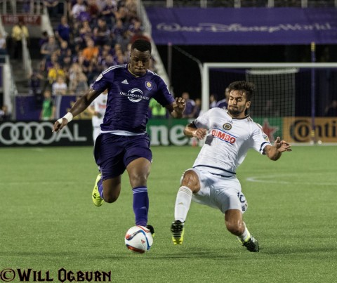 Cyle Larin (purple jersey) and Cristian Maidana (photo Will Ogburn)