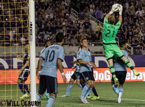 Sporting KC goal keeper Joe Kempin was able to one save (photo WILL OGBURN)