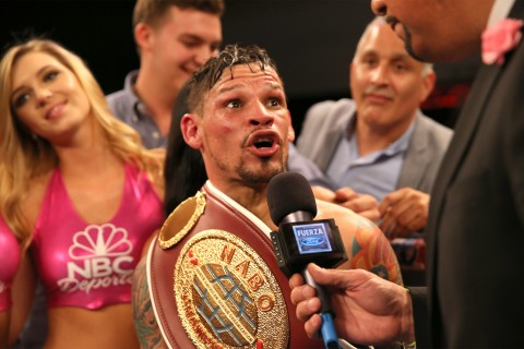 Cruz talks the belt (photo  Alex Melendez)
