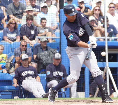 Alex Rodriguez Single to Center RBI in 6th (EDDIE MICHELS PHOTO)