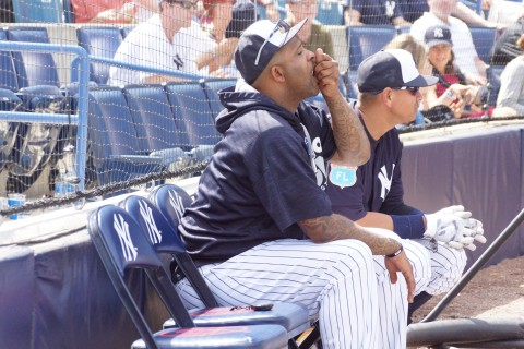 Don't work too hard guys, CC Sabathia and AROD taking in the Florida sun (EDDIE MICHELS PHOTO)