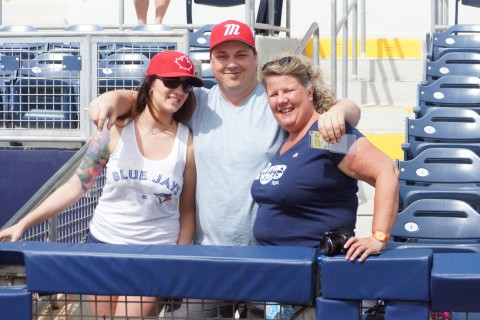 Road trippers to see the Jays (EDDIE MICHELS PHOTO)