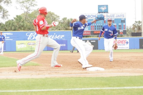 Marcus Stroman Making the Play at First in 3rd (EDDIE MICHELS PHOTO)