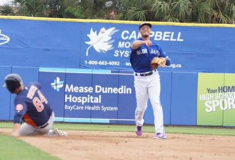 Tulowitzki of the Jays Turns 2 in 2nd (EDDIE MICHELS PHOTO)