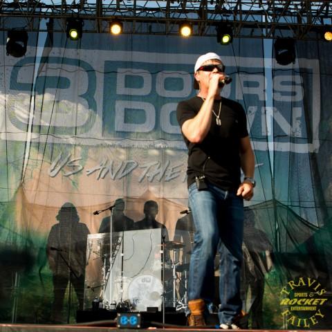 Brad Arnold 3 Doors Down (Photo-Travis Failey)