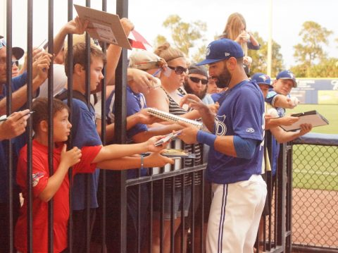 Bautista Signs for the Fans Afterwards (EDDIE MICHELS PHOTO)