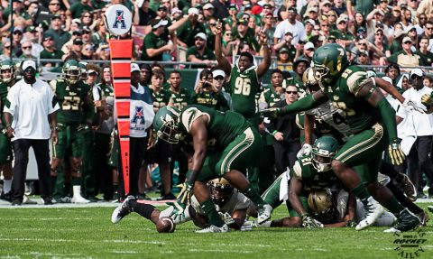 USF's defense also stepped up by forcing three turnovers. The takeaway train started rolling with Juwuan Brown's 22-yard fumble recovery return that spotted the Bulls a 14-7 lead in the first quarter. (TRAVIS FAILEY PHOTO)